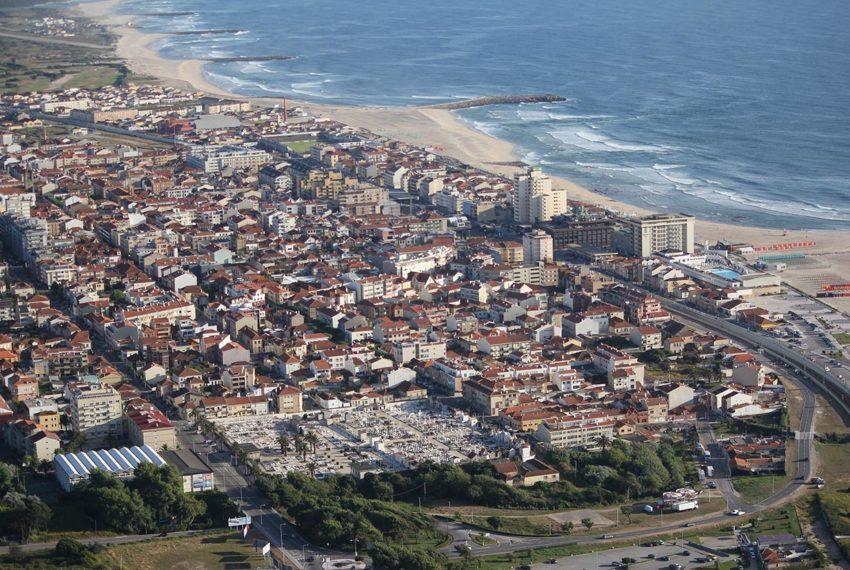 Квартира рядом с пляжем в Эшпиньо Португалия